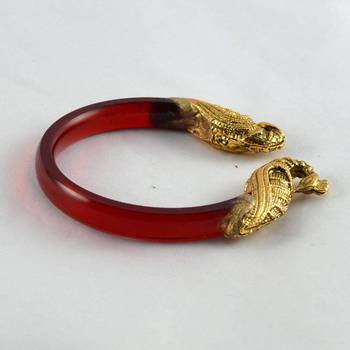 Striking stretchable bangles 21cut kara trans red