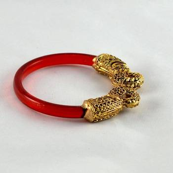 Fashionable stretchable bangles kara trans red