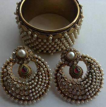 Designer Fancy Earings with Traditional moti kada