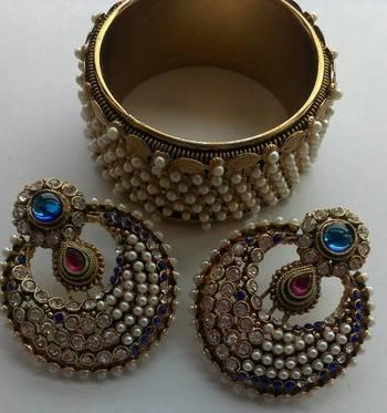 Designer Blue Colour Earings with Traditional Moti Kadas