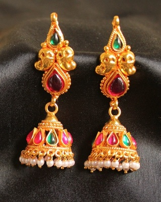 Beautiful Antique Cute Kemp Green Jhumkkas