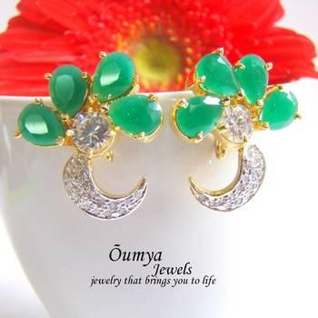 Green flower AD earrings