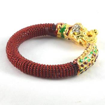 Classy stretchable bangles