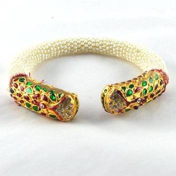 Lovly stretchable bangles