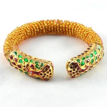 Beautiful stretchable moti meenakari bangles