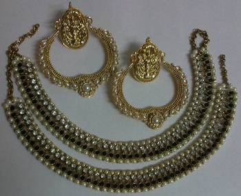 Designer Fancy Earings with Traditional Anklets