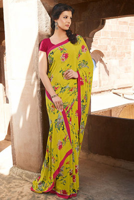 This a Yellow  Art Silk Saree With Flower Print