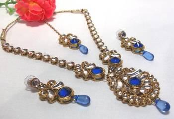 Blue Drop Kundan Necklace Set