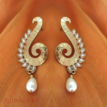 SWIRL with PEARL earrings