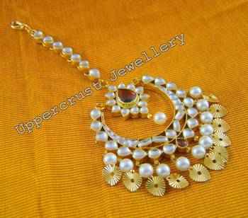 Traditional Bridal Chand Bali Maang Tikka