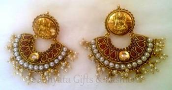 Red Temple Style Dangler With Kundan