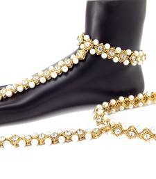Buy Fashionable Deasign Pearl Cubic Zirconia Gold Plated Anklet With Toe-Ring anklet online