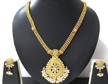 Nice Golden white ghungaru pendant necklace set