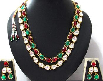 two line Maroon Green Kundan necklace set