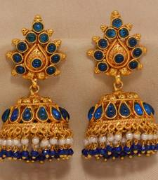 Buy ROYAL TRADITIONAL ANTIQUE GOLDEN STONE STUDDED HANDMADE JUMKAS south-indian-jewellery online