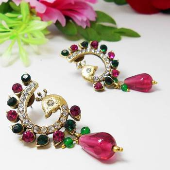Victorian Curvy Peacock Earring Green Pink