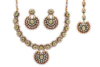 ANTIQUE GOLDEN KUNDAN PEARLS NECKLACE SET