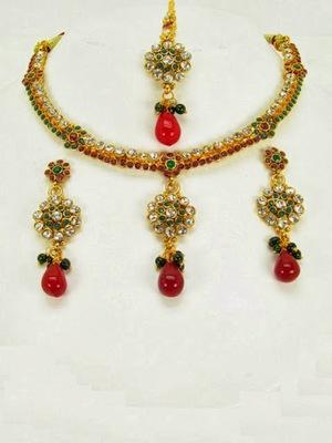 Exclusive Necklace Sets