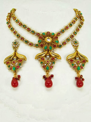 Exclusive Necklace Sets