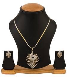 Quail American Diamond Pendant set with chain necklace-set