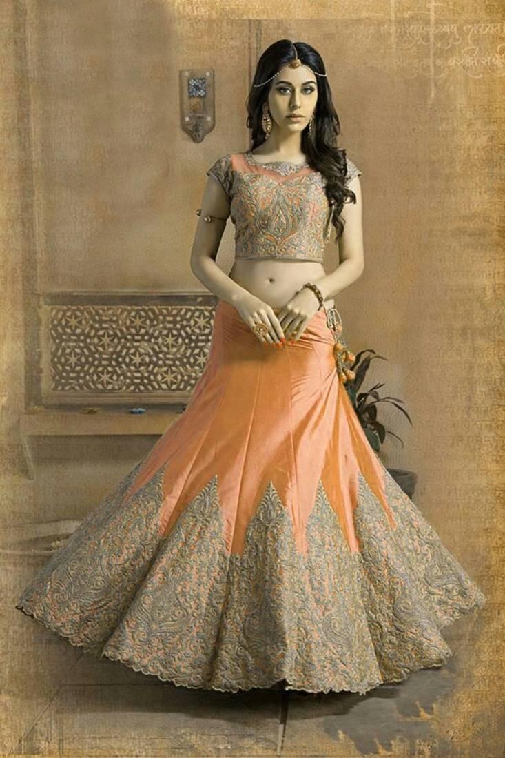 Designer Ghagra Choli For Wedding Online