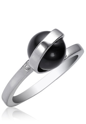 Cara sterling silver and  certified Swarovski stone Unique Me Black Stone Ring
