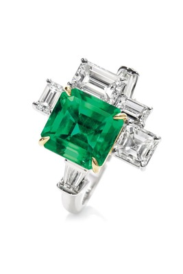 Cara sterling silver and  certified Swarovski stone Unique as Me Green Stone ring for Women
