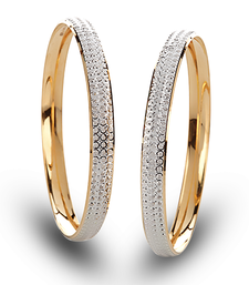 Buy Cara sterling silver and  certified Swarovski stone Simplicity Couple Bands engagement-gift online