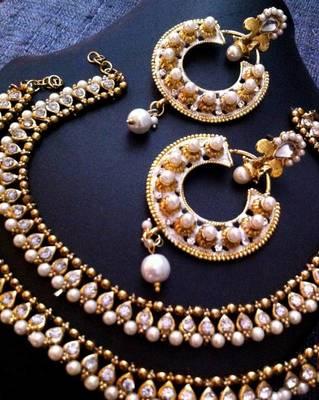 Combo 3 : White diamentes pearl payal anklet & white circle meenakari earring cb3