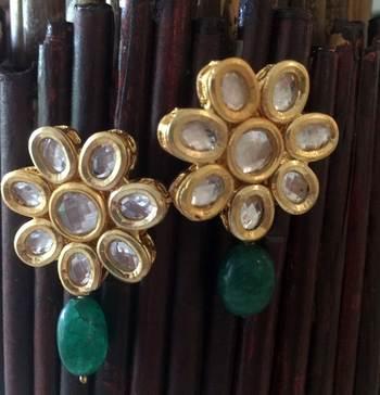 Kundan Flower Studs With Green Onyx Drop