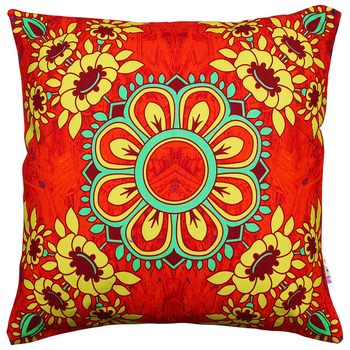 Gorgeous flower motif cushion cover