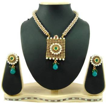 Faux pearl polki ruby green cz gold tone square shape necklace earring set k60