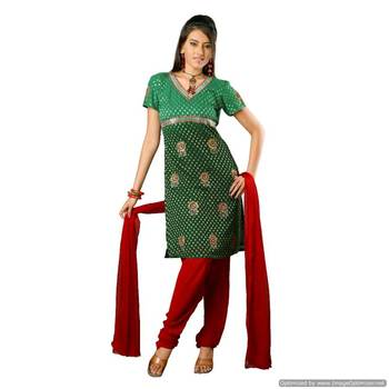 A Classical Green -Red Georgette Suit With Heavy Embroidery_Ss0902