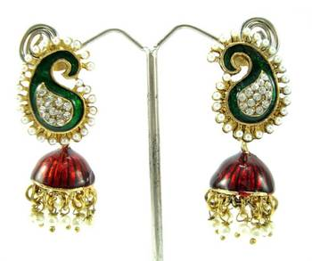 Pearl maroon green gold tone cz designer dangler earring a2