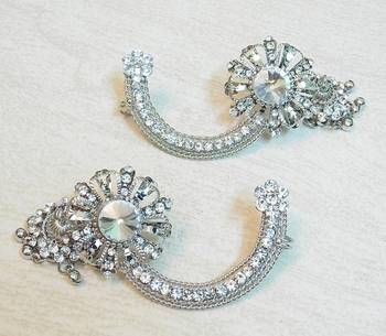 Beautiful light weight ethnic oxidized silver KAANPHOOL EARRING