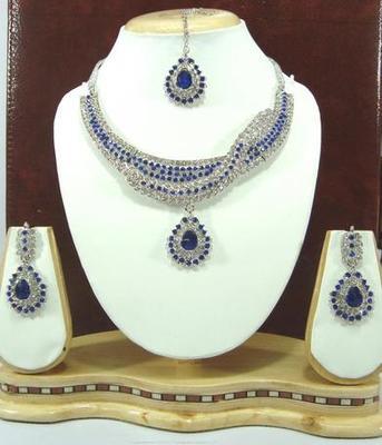 Dealtz Fashion electric blue necklace set