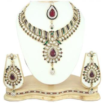 Dealtz Fashion maroon green meenakari cz necklace set