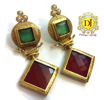 Red green geometric danglers