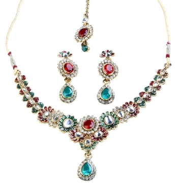 Dealtz Fashion Floral Necklace Set with Maang Tika