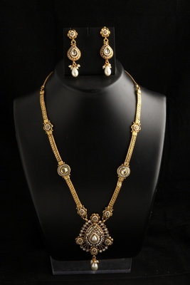 traditional Ethnic Gold plated copper alloy long Necklace chain and pendant