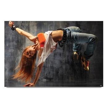 Girl Dancing   Poster