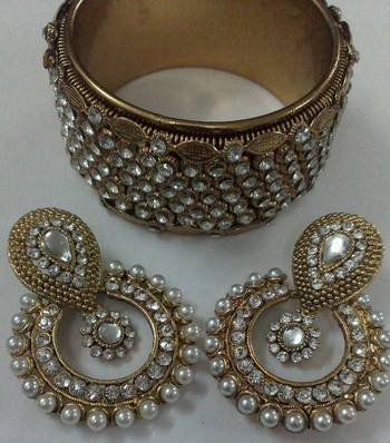 Designer Earings with Traditional Stone Kadas