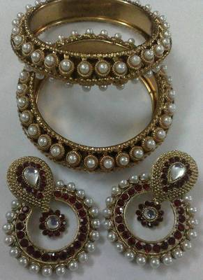 Designer Maroon colour Earings with Traditional Kadas
