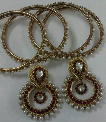 Designer Maroon colour Earings with Traditional Bangles