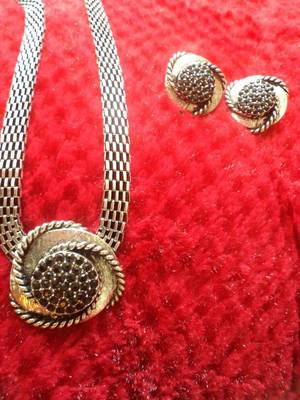 Silver Black Necklace Set-110165