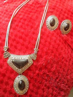 Silver Black Necklace Set-110163