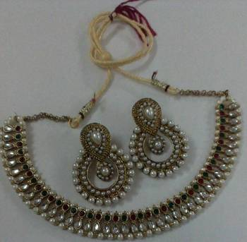 Traditional Necklace set with Designer  Pearl Earings
