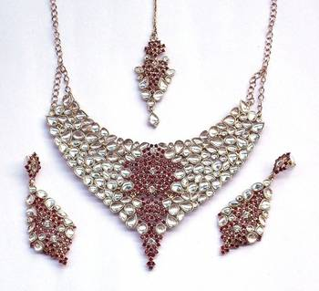 Indian Vintage Royal Kundan Mehroon Stone Stud Necklace Set