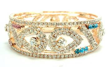 Multicolored cz broad 1pc bangle l1660