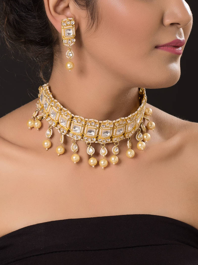 Buy Gold Plated Kundan Choker Set Online